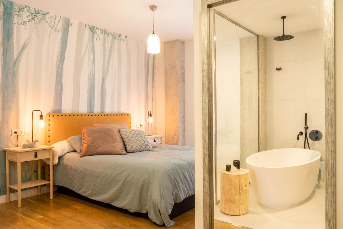 Dormitorio_unido_al_ba¤o_bhoga_decoracion