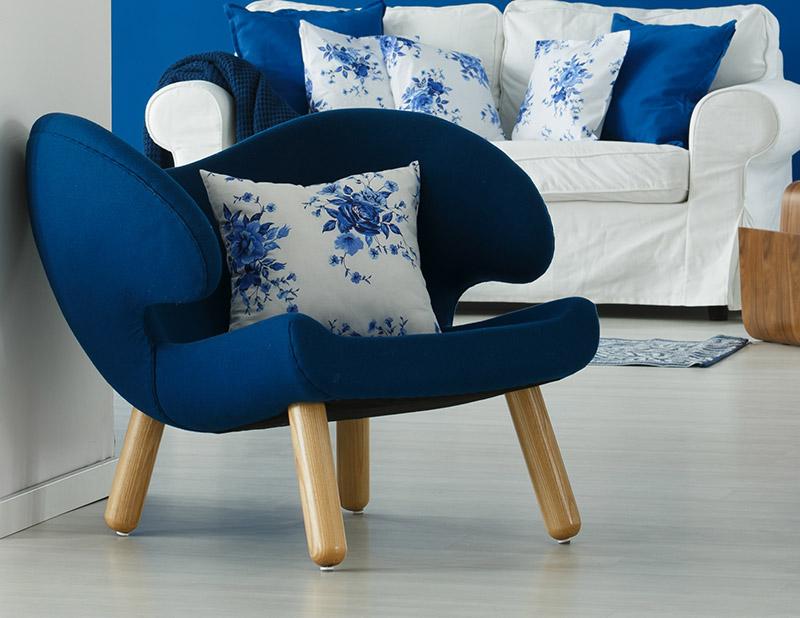 Agam chair