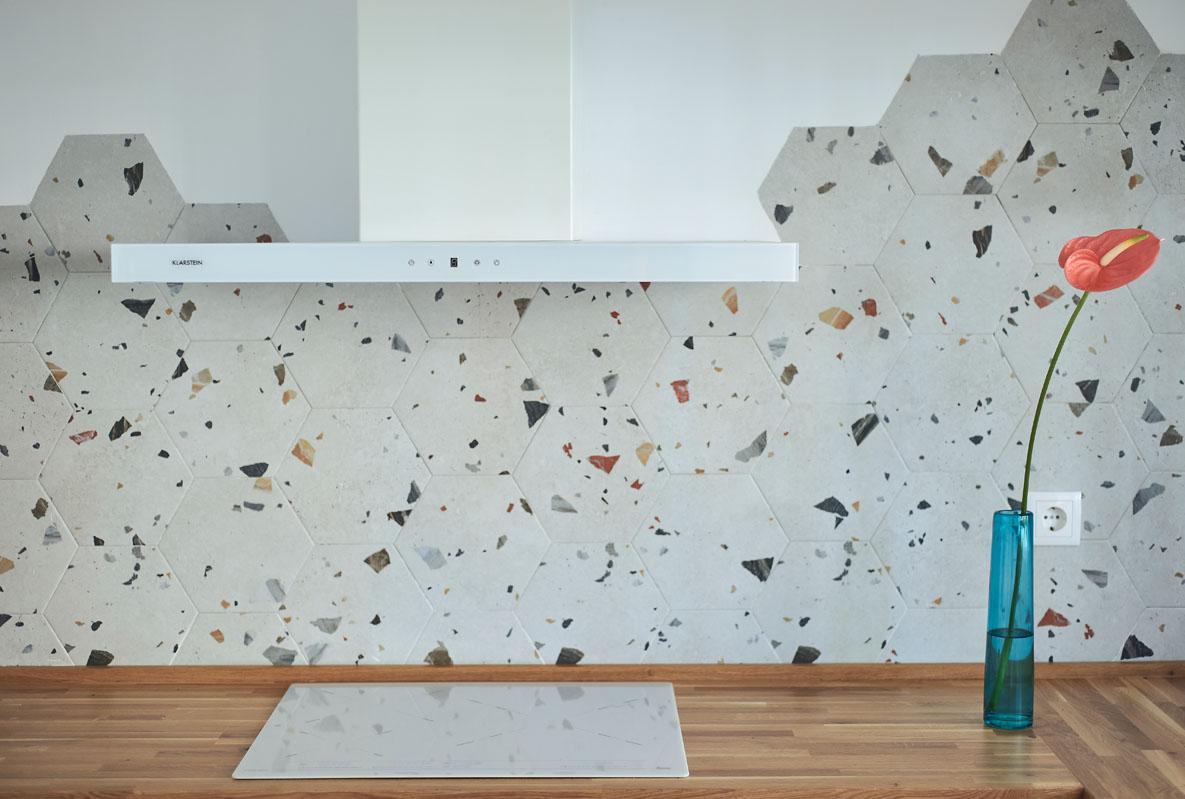 Como_decorar_la_pared_de_la_cocina_Studio_bhoga_El_Campello
