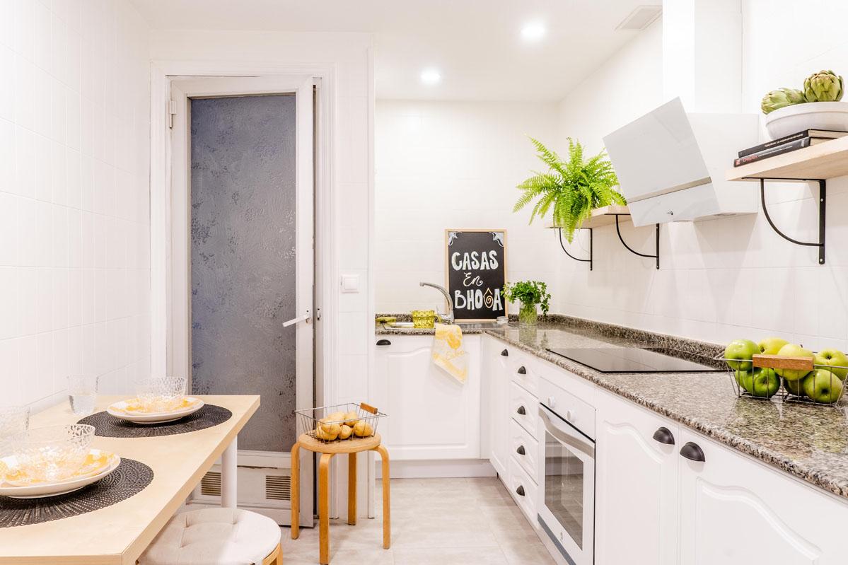 1_Como_renovar_cocina_Bhoga_Home_Staging_Churruca_Alicante